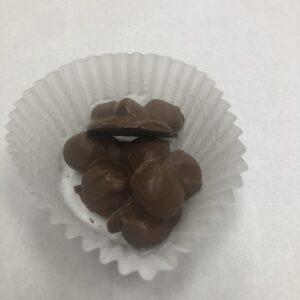 Macadamia nut clusters milk chocolate